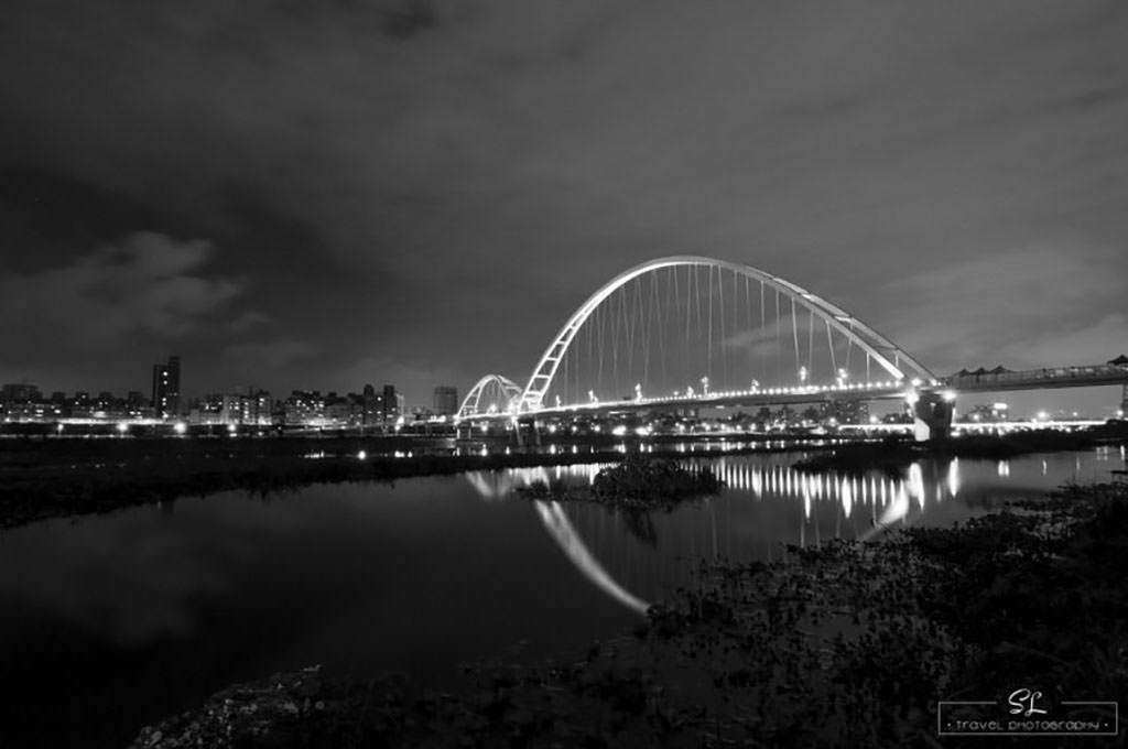 新北.新莊 | 河濱好風光 | 悠閒騎車的好去處:新月橋自行車道